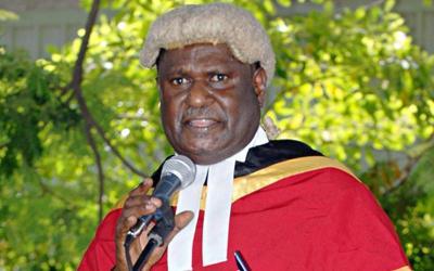 Sir Gibbs Salika zum Obersten Richter von Papua-Neuguinea ernannt / © Foto: Adventist Record