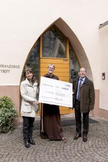 Dorothée Finé, Leiterin der wdv-Unternehmenskommunikation, und wdv-Geschäftsführer Hermann Steinbrecher