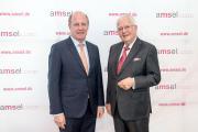 Preisträger des Ehrenpreises Dr. Michael Alt (re.) mit Laudator Wilfried Klenk
