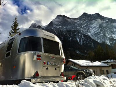 Airstream Wohnwagen an der Zugspitze