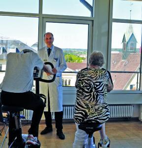 Interview mit Dr. Karsten Henkel, Chefarzt der Klinik für Gerontopsychiatrie im Klinikum Christophsbad
