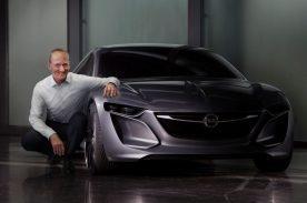 Der Opel Monza Concept setzt auf eine wiedererkennbare Weiterentwicklung der Opel-Designsprache. Die herausragende Effizienz äußert sich in seiner Architektur und den verwendeten Materialien genauso wie bei seiner Aerodynamik und wegweisenden Antriebslösung. In Sachen Konnektivität bietet das neue Opel-Konzeptfahrzeug bahnbrechende Möglichkeiten, die einen Quantensprung in der Entwicklung von Infotainment-Systemen bedeuten