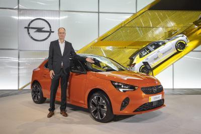 2019 IAA Frankfurt Michael Lohscheller Opel Corsa e / Opel Automobile GmbH