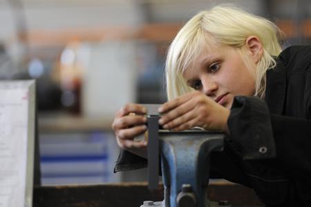 Erneut haben mehr Jugendliche einen Ausbildungsvertrag im Handwerk abgeschlossen