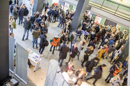 Rund 6000 Besucherinnen und Besucher sind zu Gast an Hochschule und Universität Osnabrück und informieren sich über das Studium an den Osnabrücker Hochschulen