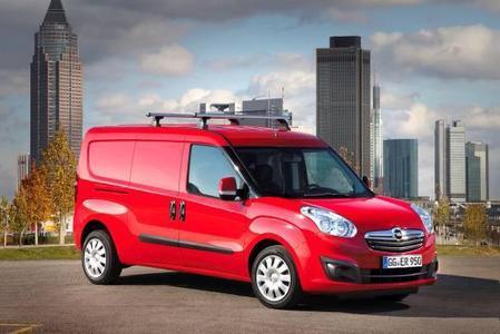 """Weltpremiere: Neuer Opel Combo Kastenwagen auf der """"transportCH"""""""