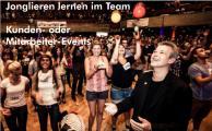 Jonglieren lernen im Team für Mitarbeiterveranstaltungen oder Kunden-Events