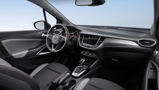 Well connected: The infotainment systems of the new Opel Crossland X are compatible with Apple CarPlay and Android Auto