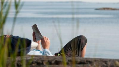 Entspanntes Lesen © Helena Wahlman/imagebank.sweden.se