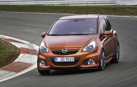 """Opel auf der IAA: Bestandteil des Opel-Auftritts auf der 64. Internationalen Automobil-Ausstellung in Frankfurt am Main (15. bis 25. September). ist die neue Corsa OPC """"Nürburgring Edition"""". Auf Basis des jüngst erneuerten Corsa verbindet der schnellste Corsa aller Zeiten Power, Performance und Passion in hoher Dosierung"""