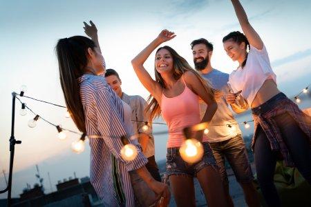 Die Ballermann Radio Charts für pures Partyfeeling