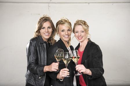 v.l.n.r. Laura Lahm, Katharina Staab und Charlotte Freiberger (Quelle: Deutsches Weininstitut)