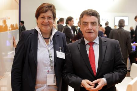 Karola Geiß Netthövel, Direktorin des Regionalverbandes Ruhr, und NRW Bauminister Michael Groschek (Foto: wmr)
