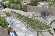 """Foto (Jochen Henning, VGL Bayern): Der kreativ gestaltete """"Zoomgarten"""" zeigt die abstrahierte Bodenseelandschaft in Miniaturformat."""