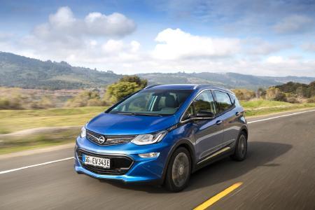 Reichweiten-Champion: Der neue Opel Ampera-e schafft bis zu 520 Kilometer (gemäß Neuem Europäischen Fahrzyklus) bis zum nächsten Ladestopp