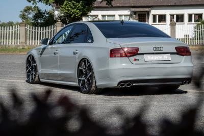 Tuning to perfection: ultra-deep Audi S8 on Barracuda Ultralight Project X
