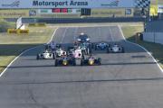 Die beiden Piloten vom Team Van Amersfoort Racing enteilten dem Feld auch in Oschersleben großtenteils