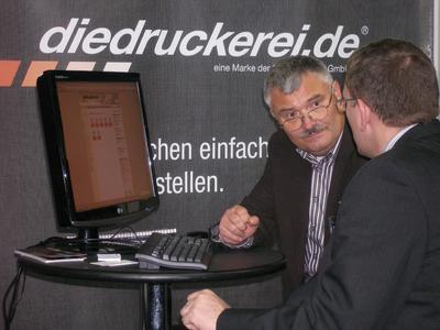 Kundenberatung wird auch in der Onlinedruckerei www.diedruckerei.de groß geschrieben
