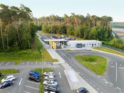 Herzlich willkommen: Zum Jubiläum öffnet Opel am 10. September die Pforten des Test Centers in Rodgau-Dudenhofen für die Besucher