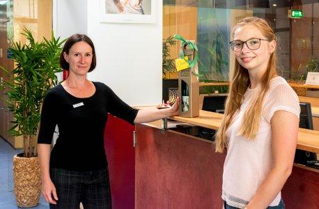 Dankeschön: Julia II. (rechts) und Franzisca Klotz / Bild: (C)Toskanaworld