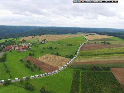 Der Weltrekord-Konvoi 2017 unterwegs. Foto: womo-konvoi.de