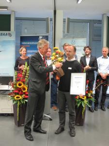 APUS-Geschäftsführer Phillip Scheffel freute sich über die Auszeichnung mit dem Lilienthal-Preis 2017. © BBAA