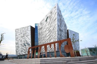 Belfast / Photo by Carina Ebert