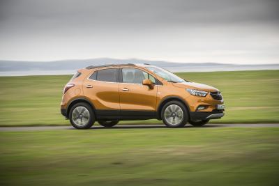 SUV-Bestseller zu besonders wirtschaftlichen Konditionen: Der Opel Mokka X wird mit der Opel Gewerbe-Offensive noch attraktiver