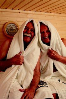 barrierefreie sauna schwitzvergn gen grenzenlos b s finnland sauna pressemitteilung. Black Bedroom Furniture Sets. Home Design Ideas