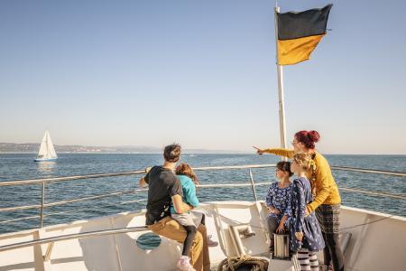 Konstanz Bodensee Schifffahrt BSB Ausflug Familie Deck - Herbst, Copyright MTK Dagmar Schwelle