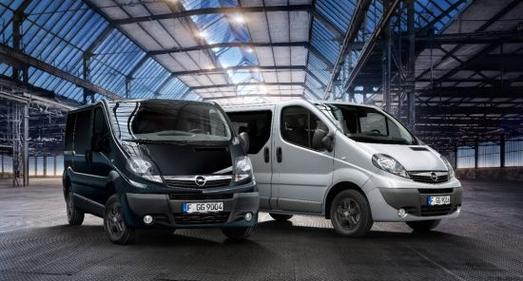 Modelljahr 2014: Für den Opel Vivaro gibt es die neuen Ausstattungspakete Color Edition und Komfort-Paket-Plus, die einen Preisvorteil von bis zu 40 Prozent gegenüber Einzeloptionen bieten.