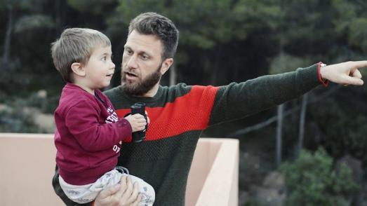 Dante Herrmann mit seinem Sohn Aarón   Foto: Eliézede  Andrade