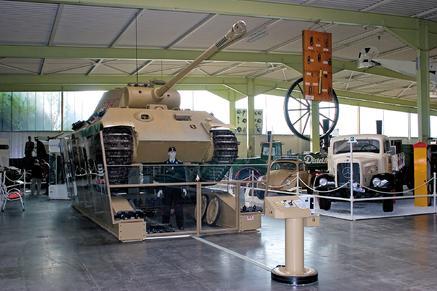 die panther von sinsheim auto technik museum sinsheim e v c o technik museum speyer. Black Bedroom Furniture Sets. Home Design Ideas