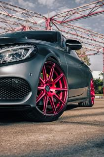 Barracuda Racing Wheels Europe: Candy-red Ultralight Project 2.0 on a Mercedes C Class Coupe (C205)