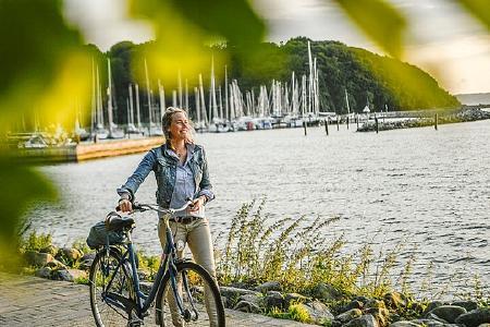 Der Ostsee-Holstein-Tourismus e.V. hat seine Radtouren neu thematisiert und als Tages- oder Halbtagsausflüge zusammengefasst. Copyright: www.ostsee-schleswig-holstein.de/ Oliver Franke