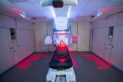 High-Tech-Geräts für die Strahlentherapie/ Quelle: Klinikum Darmstadt