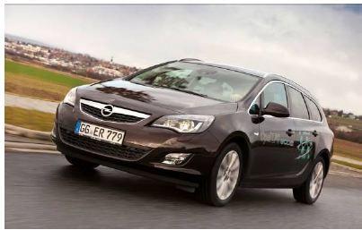 Nach Corsa und Meriva hält jetzt auch im Astra und Astra Sports Tourer Autogas als alternativer Kraftstoff Einzug. Limousine und Kombiversion sind ab sofort als 1.4 LPG ecoFLEX-Modelle mit 103 kW/140 PS starkem Turbotriebwerk erhältlich.