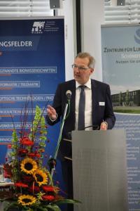 MWE-Staatssekretär Hendrik Fischer sprach ein Grußwort. Quelle: TH Wildau / Bernd Schlütter