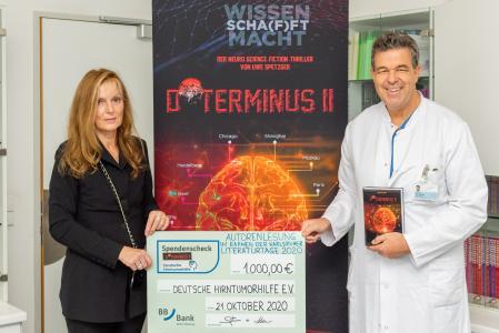 1.000 Euro gehen an die Deutsche Hirntumorhilfe e.V. / Bild: Markus Kümmerle