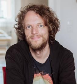 """Prof. Gerhard Reese ist Leiter des Studiengangs """"Mensch und Umwelt: Psychologie, Kommunikation, Ökonomie"""" an der Universität Koblenz-Landau. Foto: P.Sittinger"""