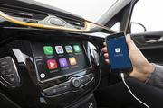 Clever: The radio R4.0 IntelliLink is compatible with Apple CarPlay and brings the personal smartphone world into the car