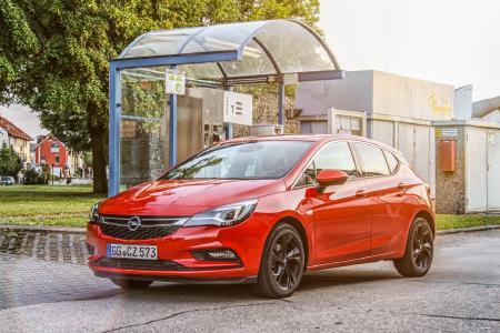 Saubere Sache: Ab sofort ist der Opel Astra auch mit besonders effizientem Erdgasantrieb bestellbar