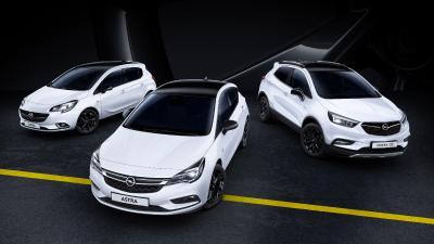 Sportlich, edel, extra-stylish: Schwarzes Dach, Spiegelgehäuse und Leichtmetallräder verleihen Opel-Modellen wie Corsa, Astra und Mokka X die besondere Note. Die Zweifarb-Optik liegt voll im Trend