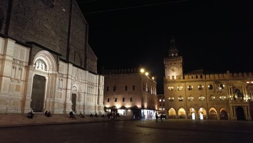 Piazza in Bologna, Emilia-Romagna