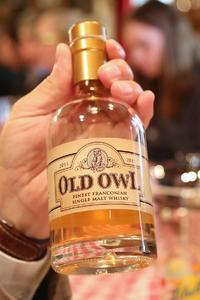 """Das neue Kind der Kauzen-Bräu, der fränkische Whisky """"Old Owl"""""""