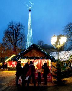 Kulturhütte auf dem Christkindlesmarkt Karlsruhe