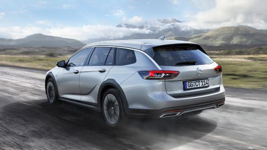 Fürs Gelände: Neuer Opel Insignia Country Tourer mit Allradantrieb inklusive Torque Vectoring und 20 Millimeter mehr Bodenfreiheit