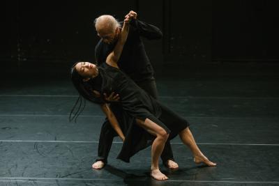 CIE Himé Kaori Ito I dance © Gregory Batardon