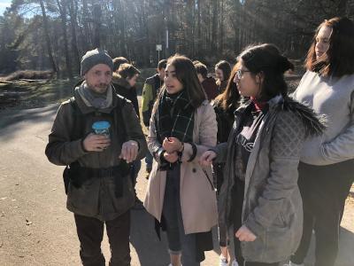 Kameramann Dennis Steib bei der Regiebesprechung 24.02, Foto: Carmen Werthmüller-Ortiz, SMOG