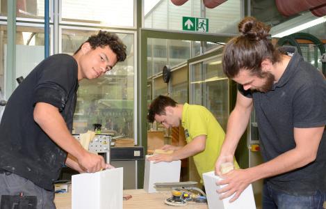 Die Zahl der Ausbildungsverträge im Bezirk der Handwerkskammer Reutlingen ist im Vergleich zum Vorjahr nahezu unverändert geblieben / c handwerkskammer